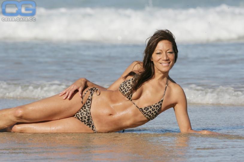 Anna ryder richardson bikini
