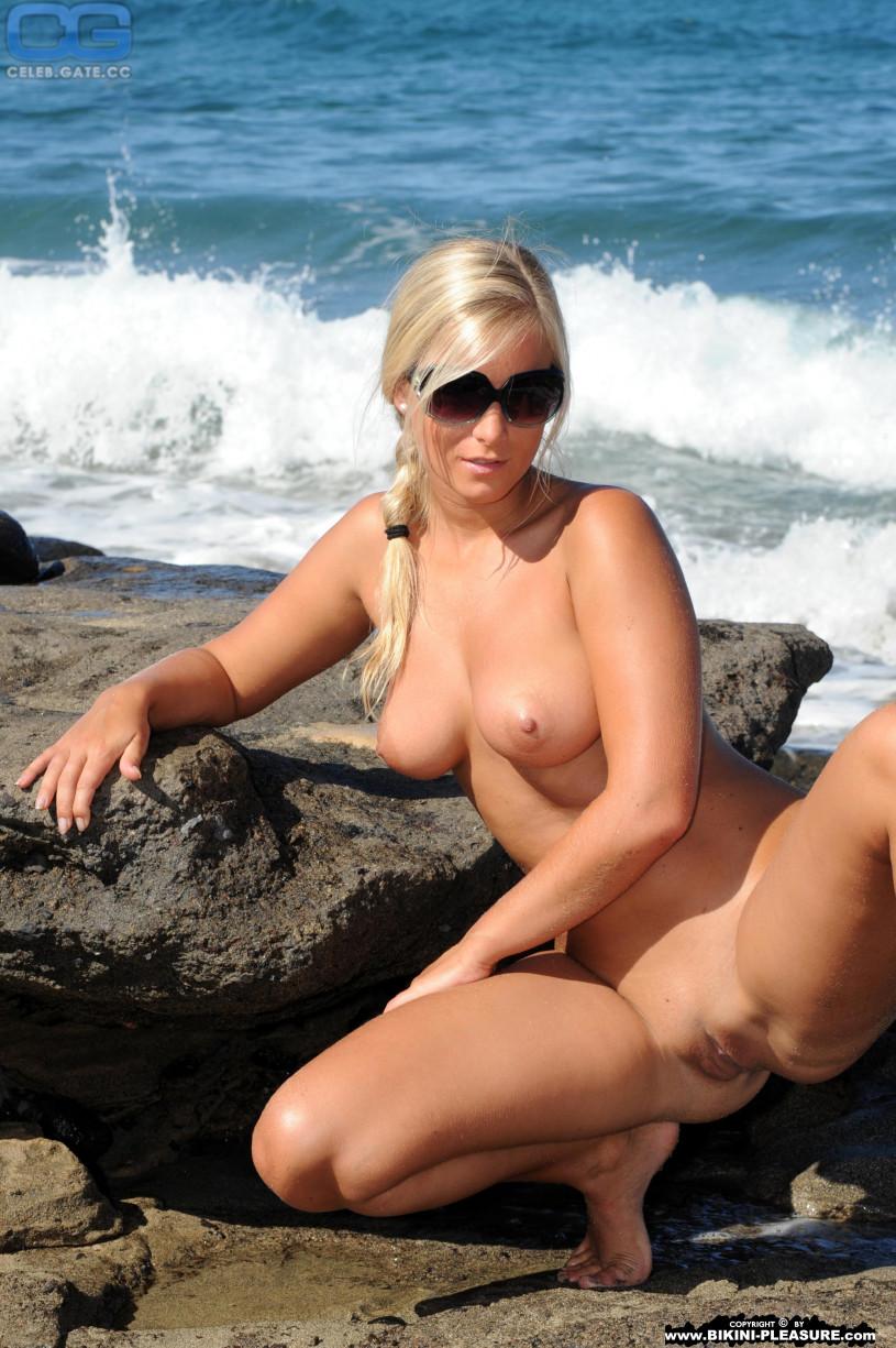 Monica hansen nude pics
