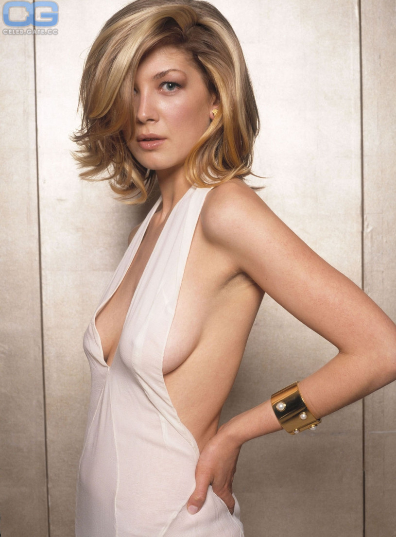 Rosamund pike nude naked