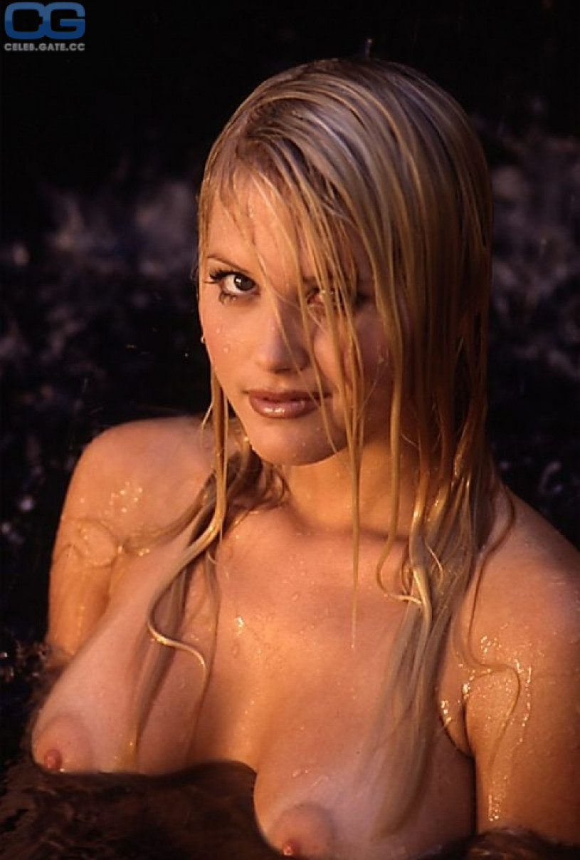 Stokes nude Suzanne