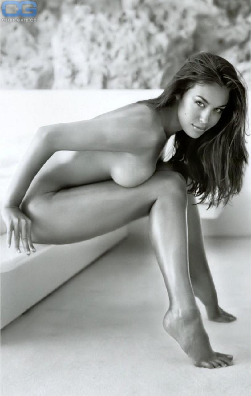 Lauren graham nude pics