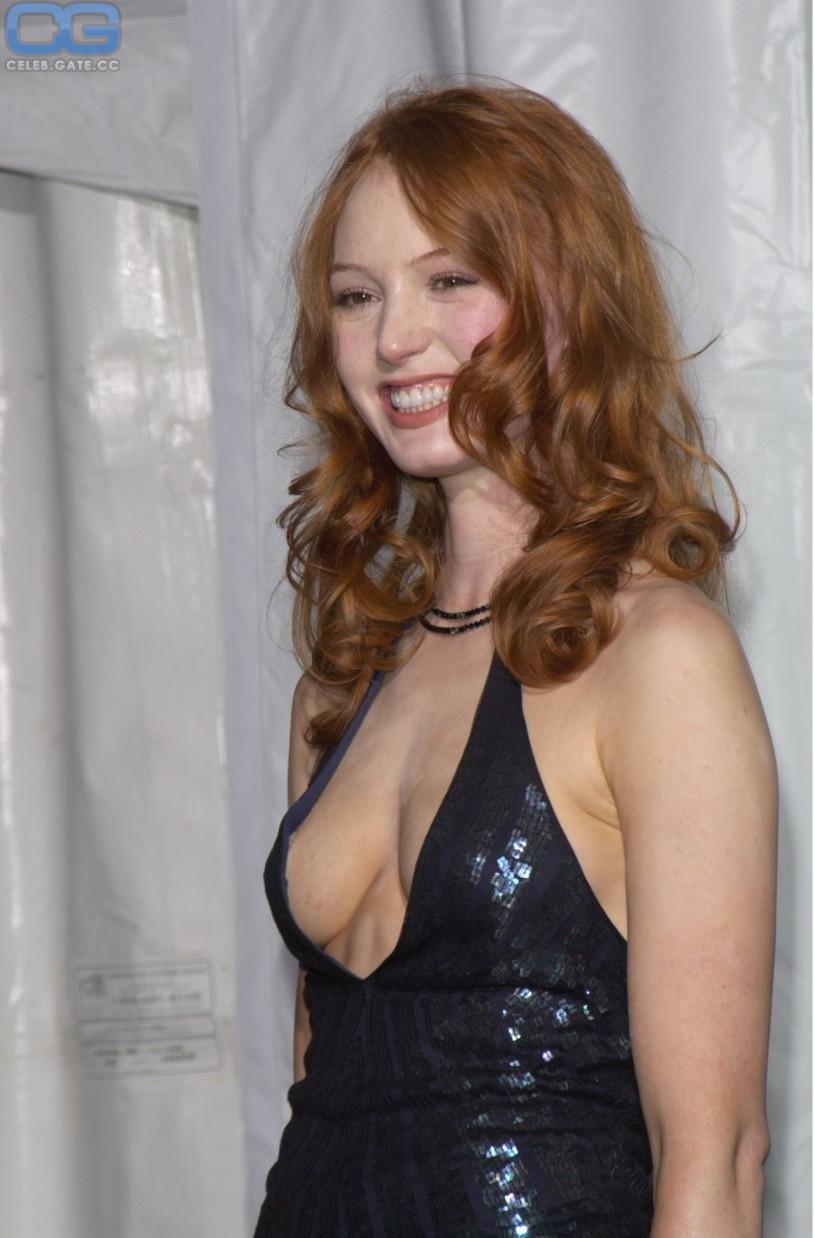 Vintage curvy nude women