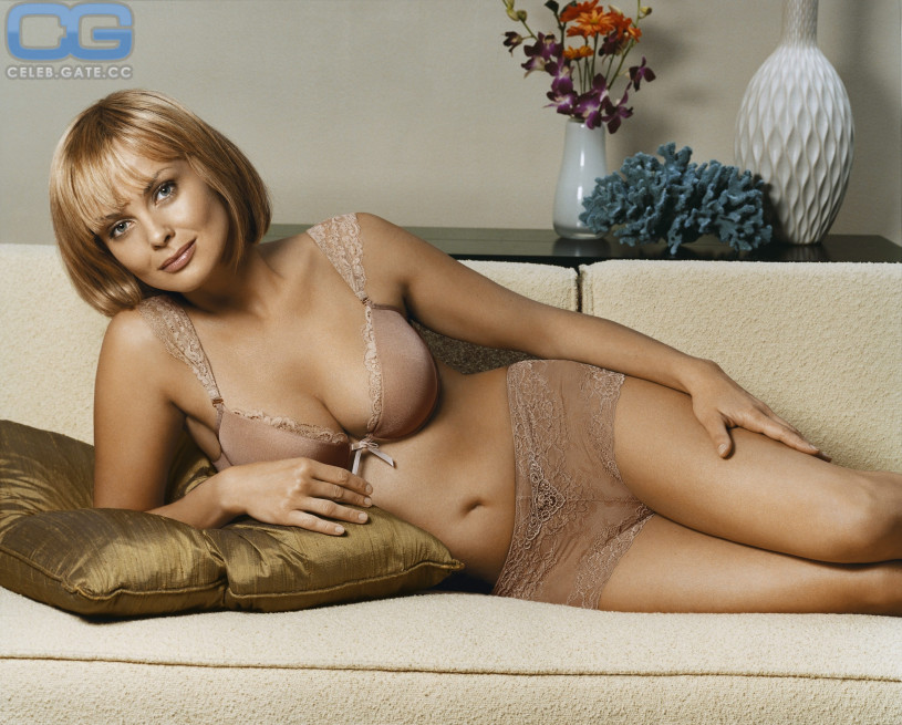 Consider, that Izabella Scorupco naked picture