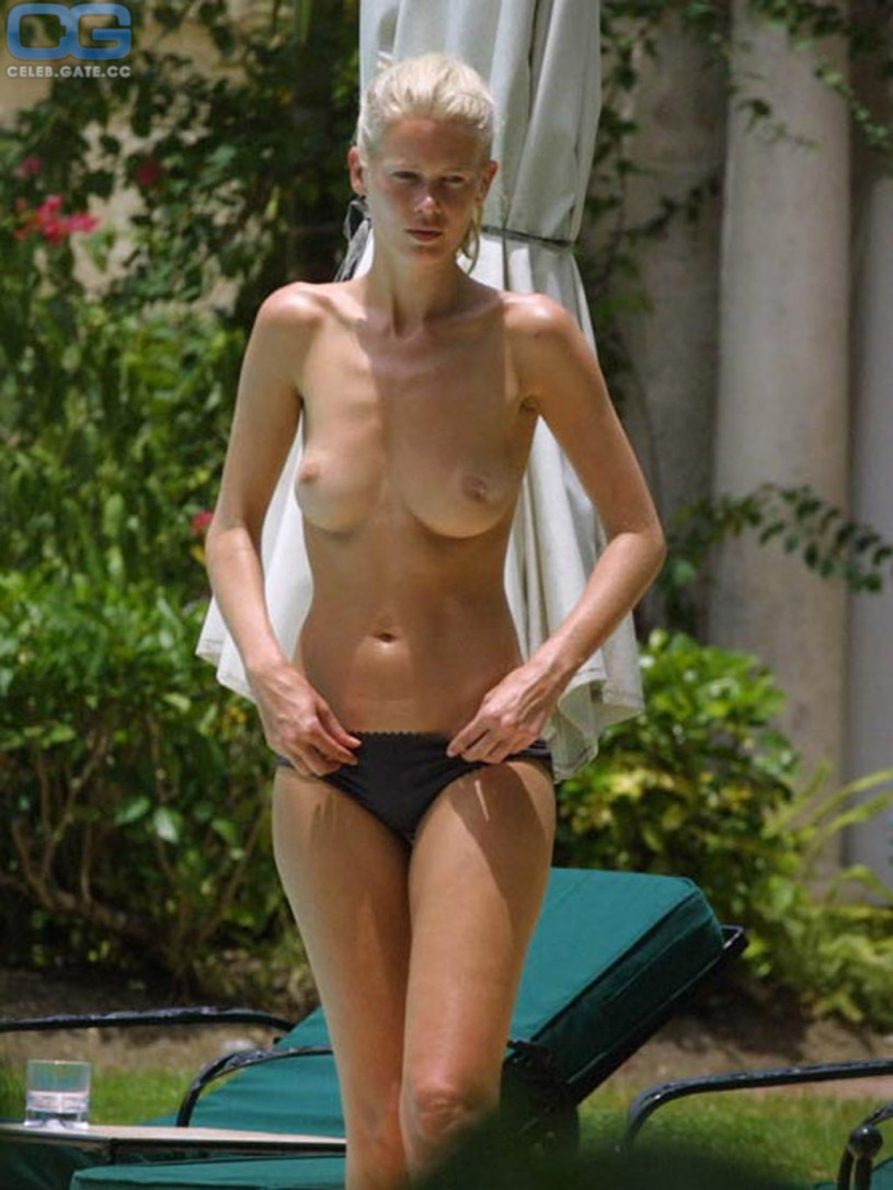 Malin akerman nude video from watchmen