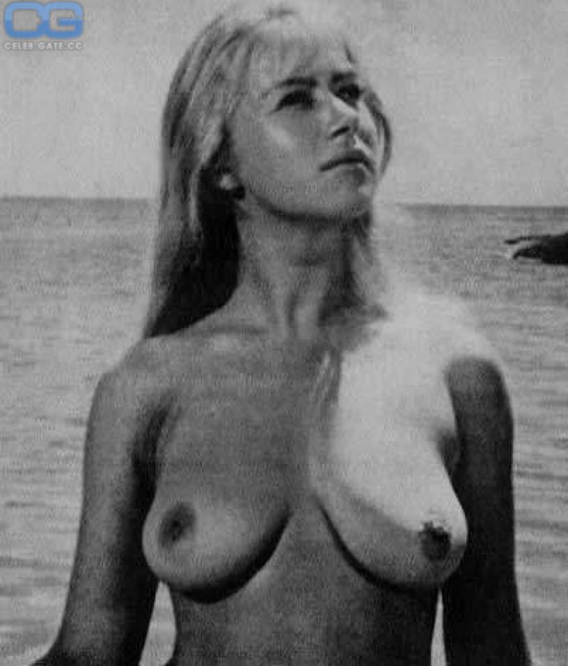 Helen mirren nude fakes