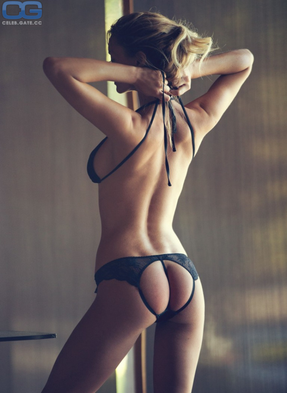 Bryana Holly lingerie-ass