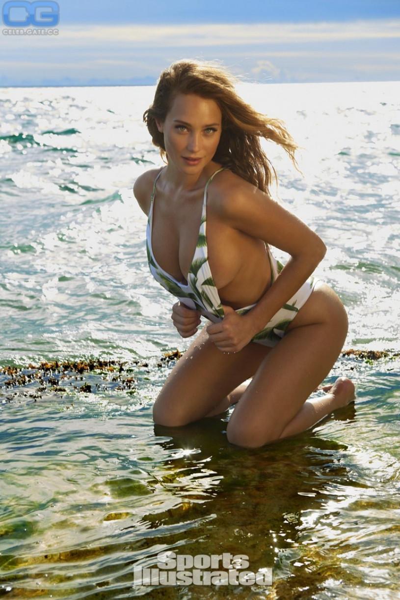 Hannah Davis Sexy Sports Illustrated
