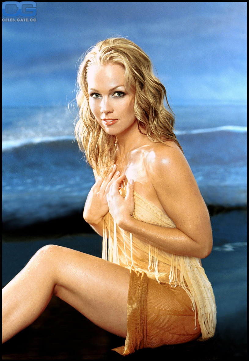 Jennifer garth naked