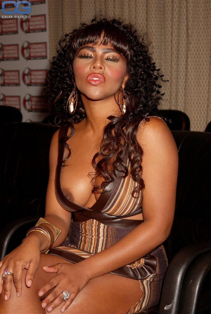 Something is. Lil kim porn pics