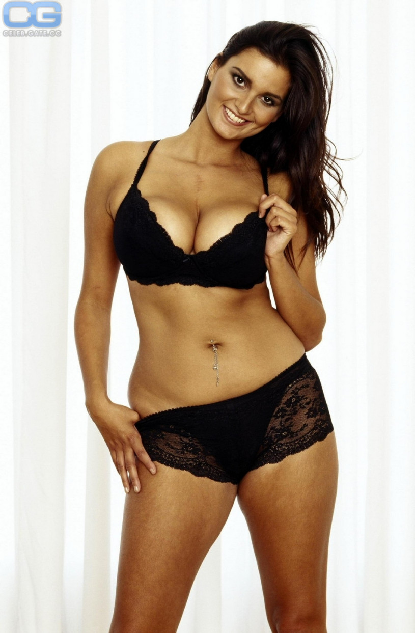 saskia howard topless