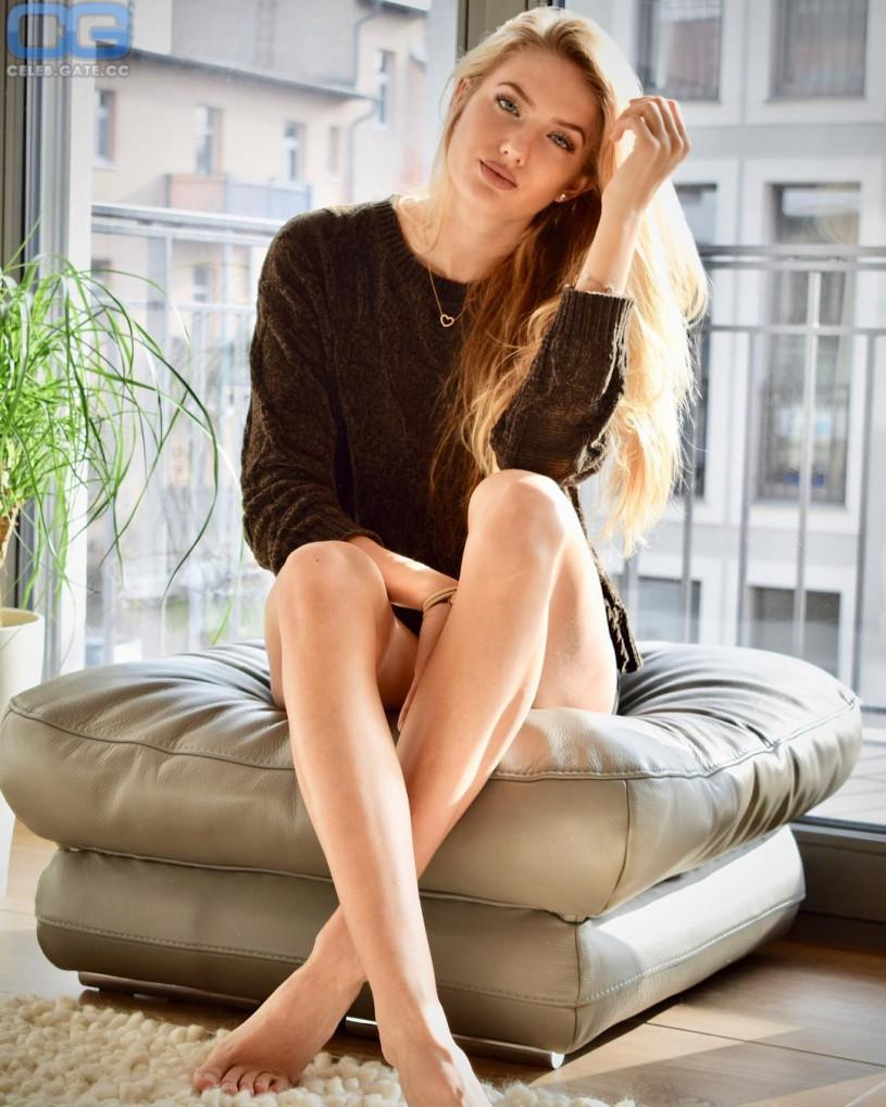 Paige Jimenez ass foto