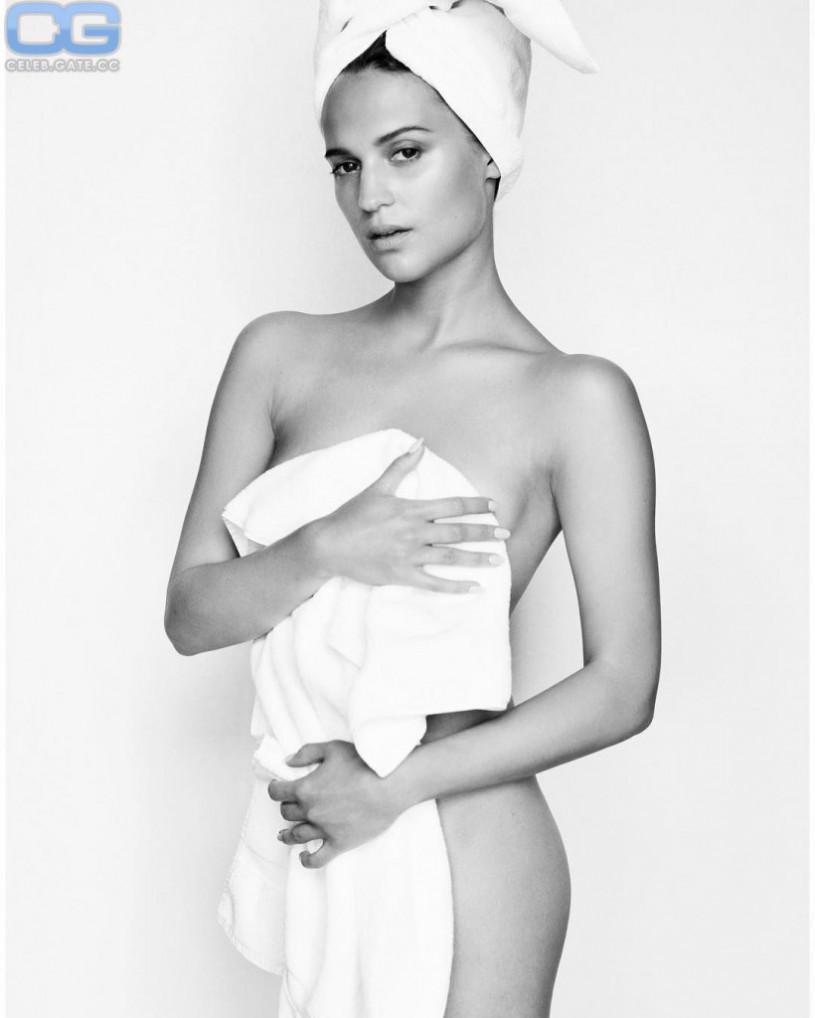 18 Marilyn Monroe,Lindsey pelas sexy photos 4 Erotic video Romee Strijd: Shades Of Grey,Sharon Hinnendael and Jill Evyn Naked - 7 Photos