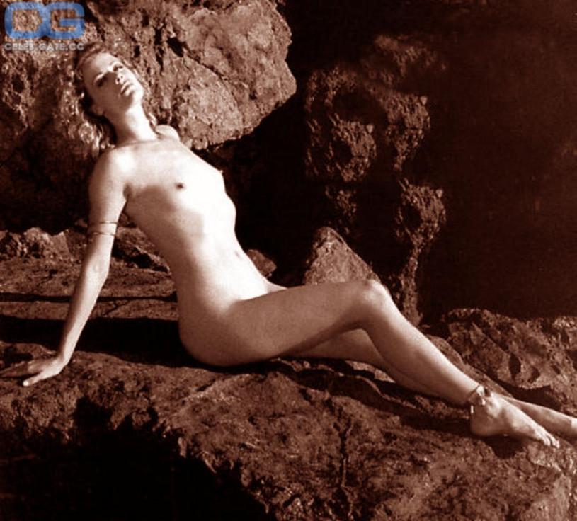 Alison eastwood nude pics