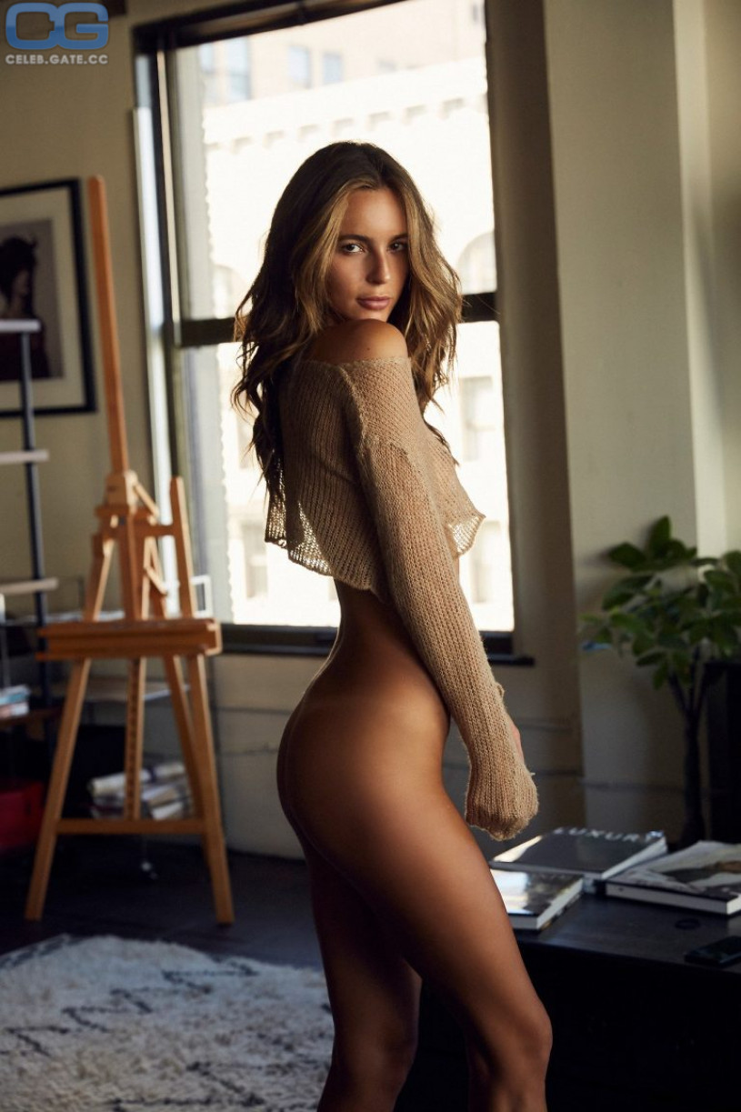 nude (56 photos), Selfie Celebrity photo