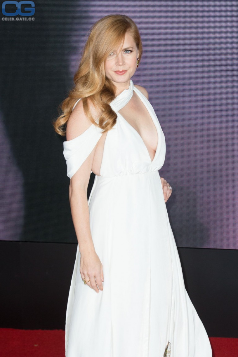 Communication on this topic: Bradley Cooper Inspects Jennifer Lawrence's Breasts, celebgate-amy-adams-sexy/