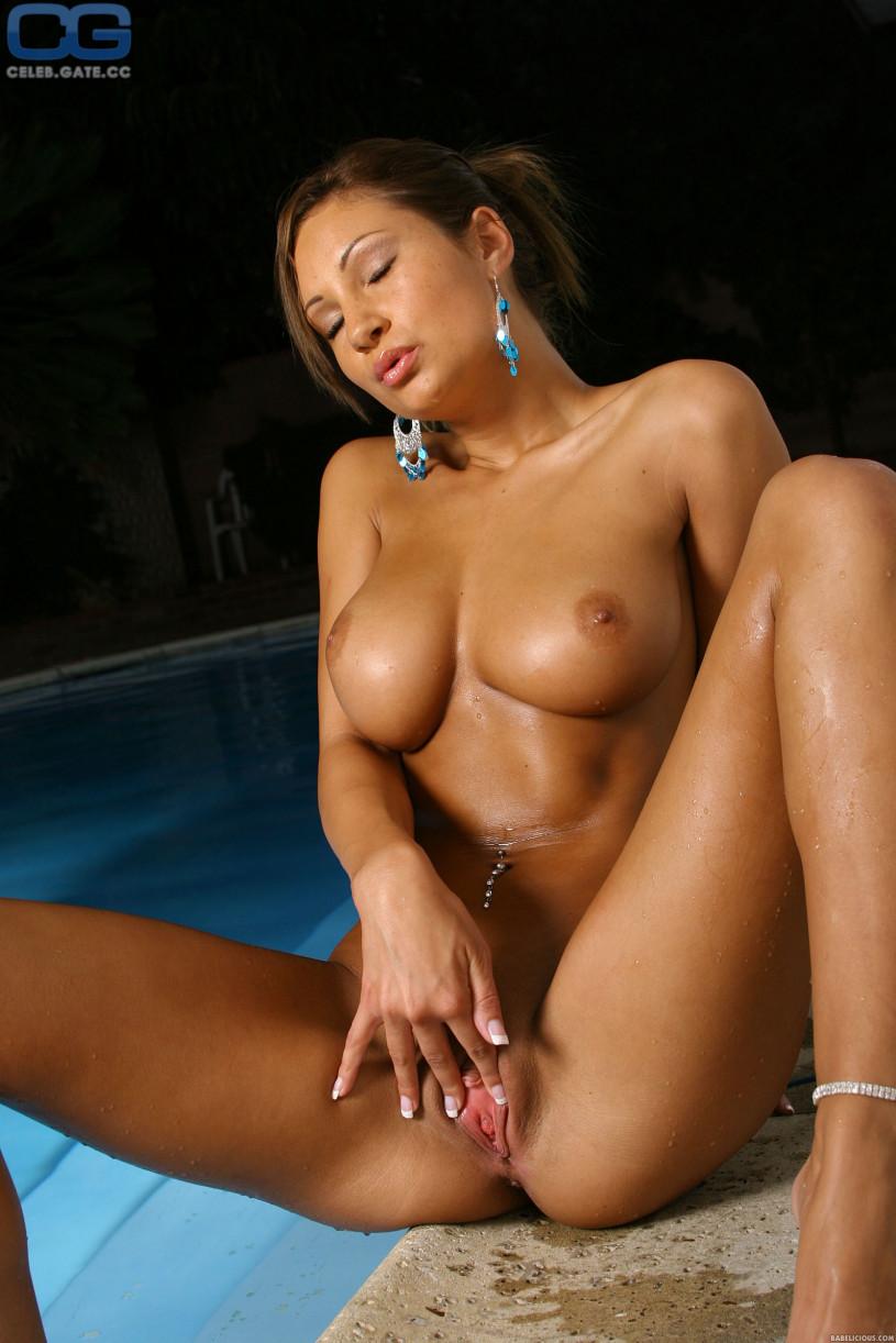Nude amy porn reid