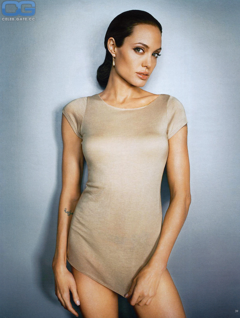 Angelina Jolie body