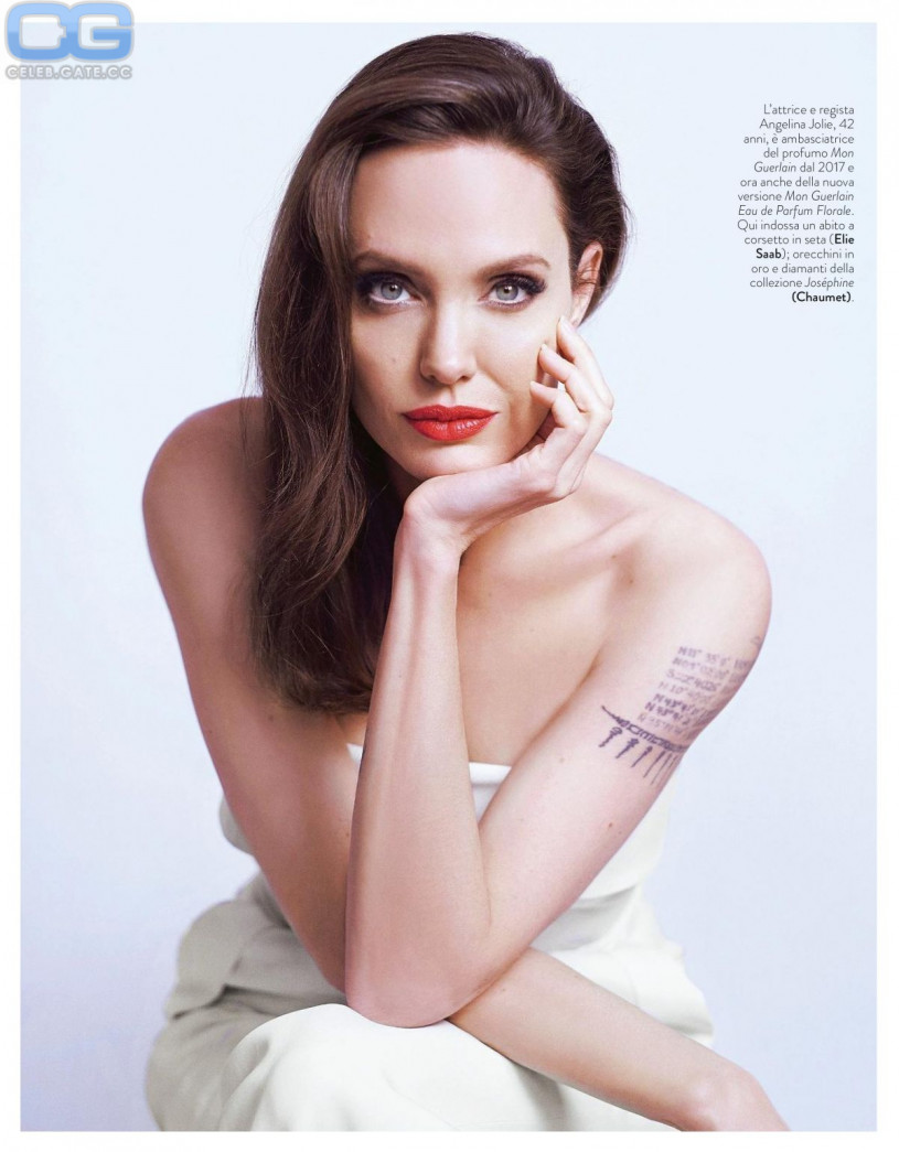 Angelina Jolie Hot Nude Photos angelina jolie nude, pictures, photos, playboy, naked