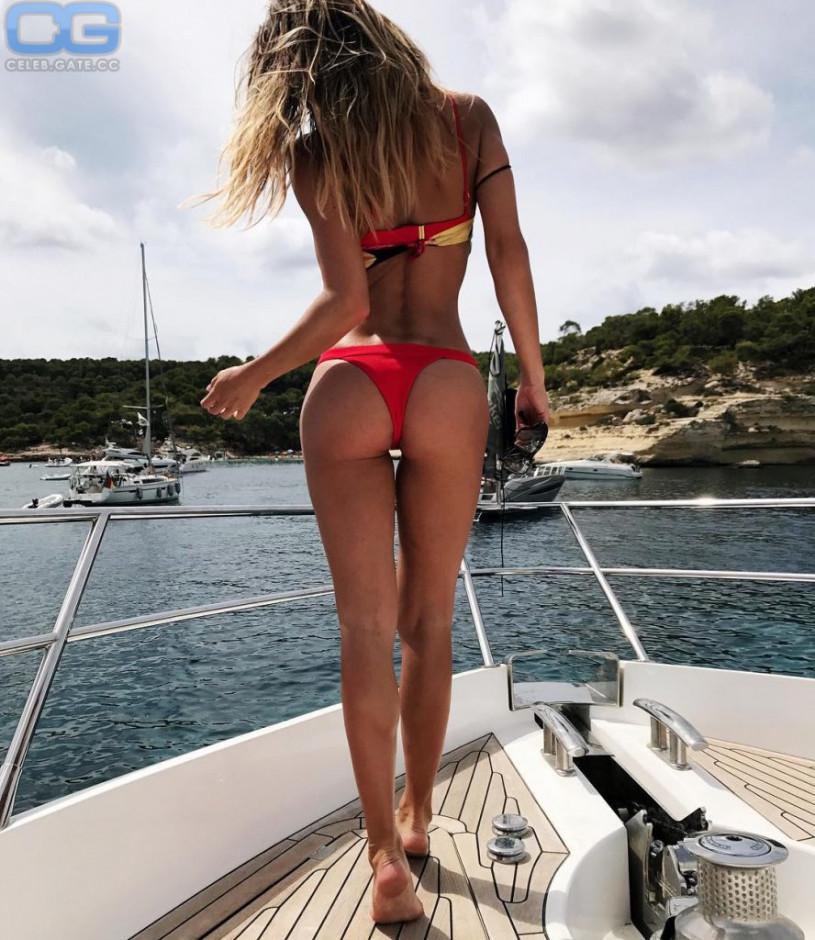 Ann-Kathrin Broemmel body