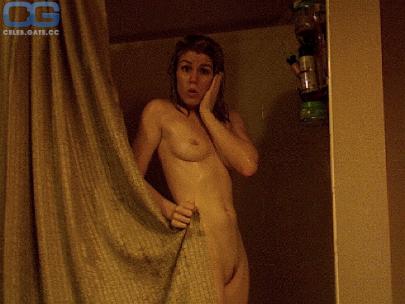 AnnaLynne McCord naked