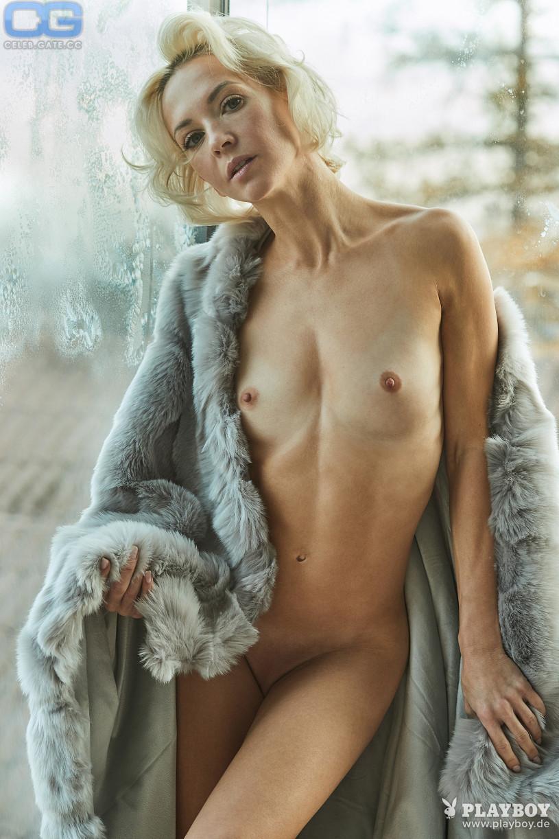 Annette Nackt