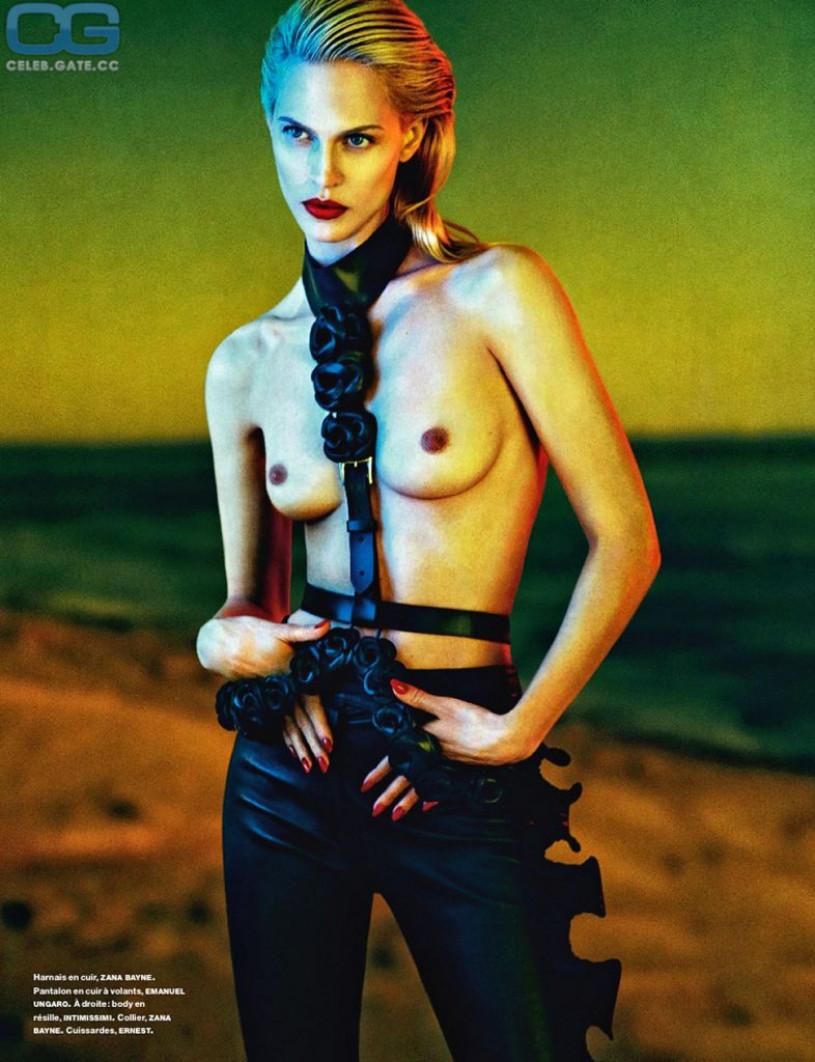 CelebGate Aymeline Valade Topless
