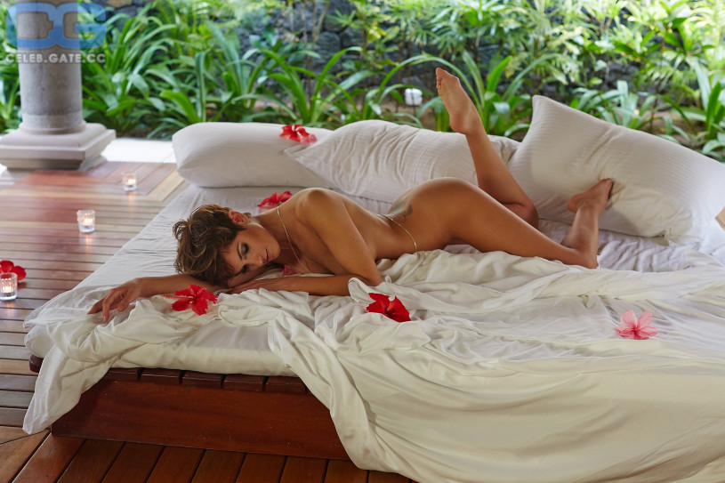 Schauspielerin Isabell Horn nackt im Playboy – Die deutsche ...