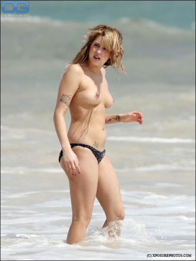 Nackt  Brooke Peaches Brooke Buchanan