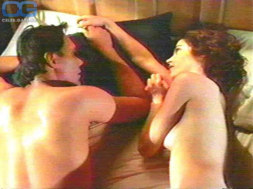 kim delaney nude photos