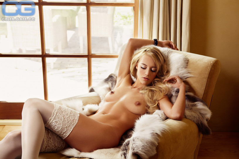 Naked birgit busty