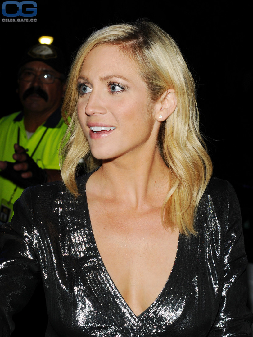 Brittany Snow braless