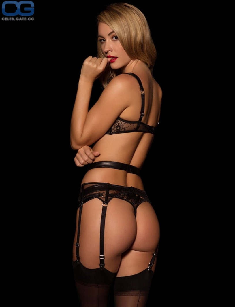 Bryana Holly ass