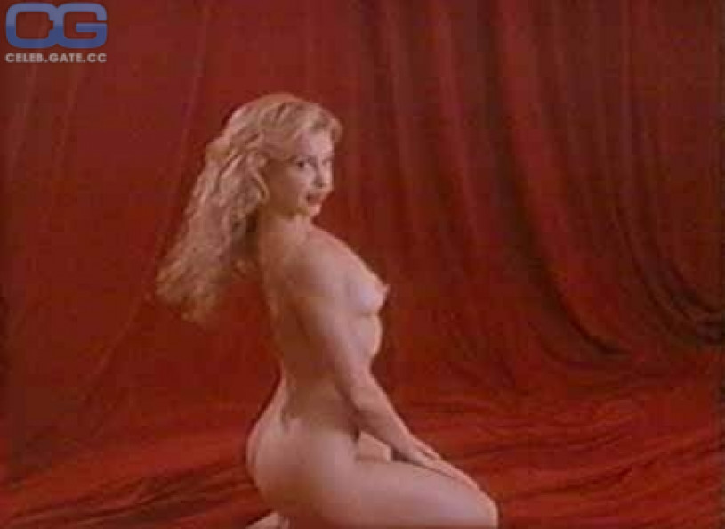 Ashley Judd Nude Pics & Videos That