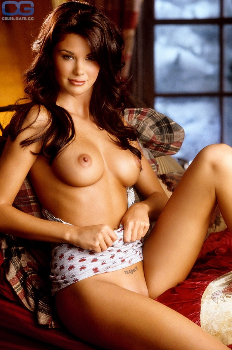 Jayde Nicole Nude Photos & Videos -