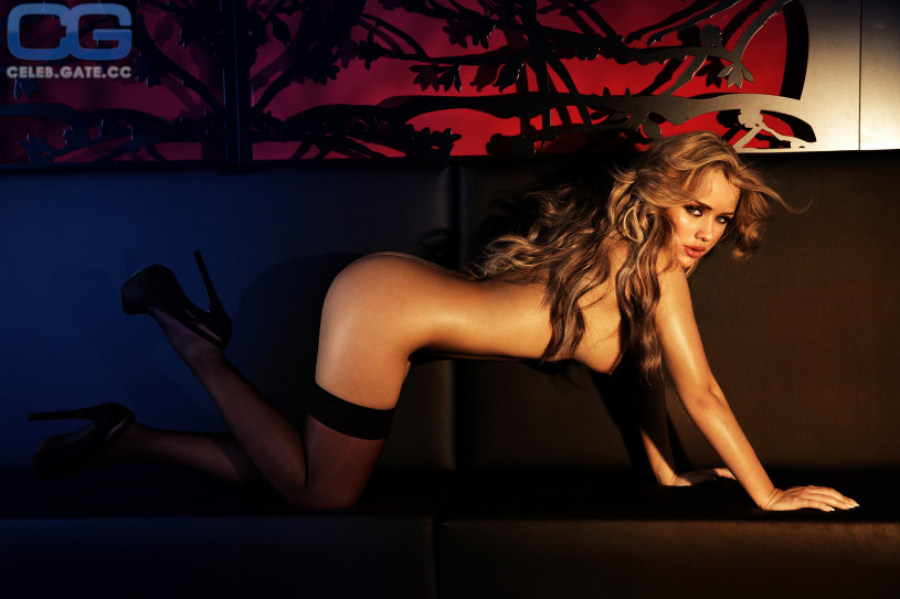 kim gloss nackt nacktbilder playboy nacktfotos fakes