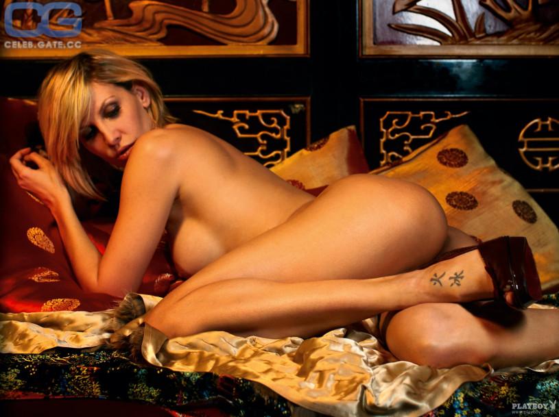 milla jovovich sexy pics