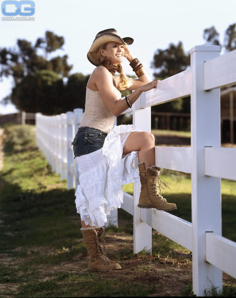 Bilder von Carrie Underwood nackt