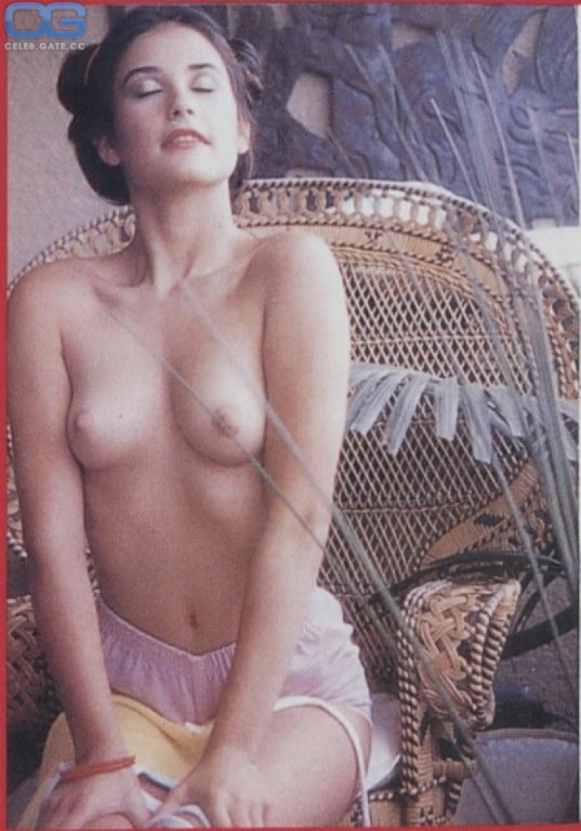 Naked photos of demi moore
