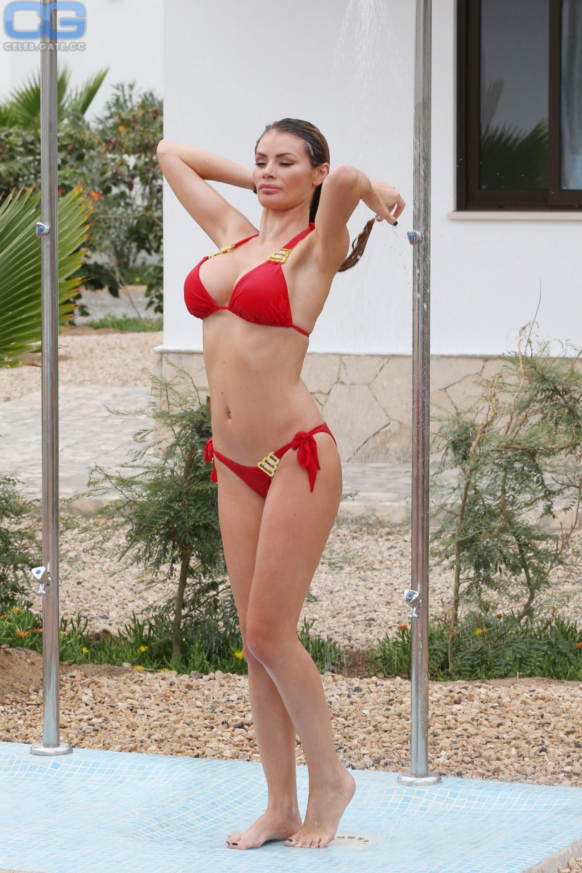 Topless Chloe Sims nudes (61 foto and video), Sexy, Paparazzi, Feet, swimsuit 2020