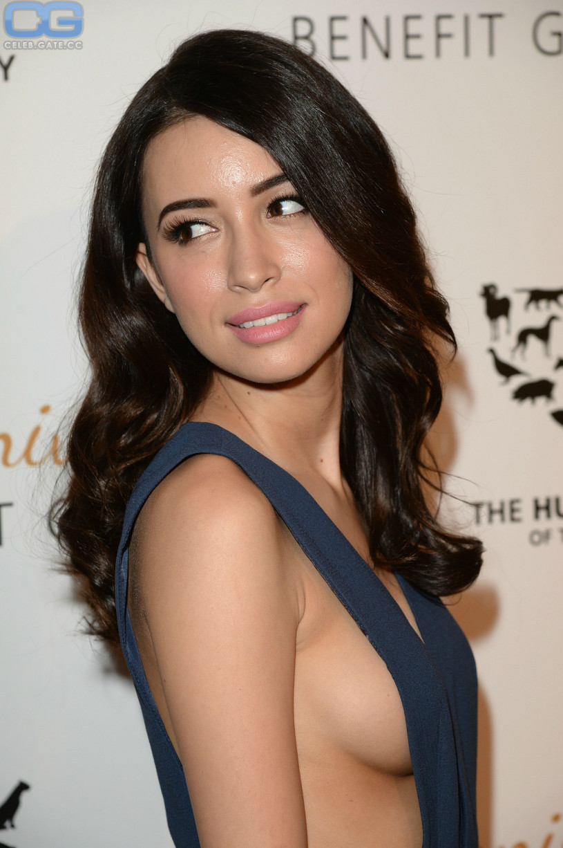 Christian Serratos Sideboob