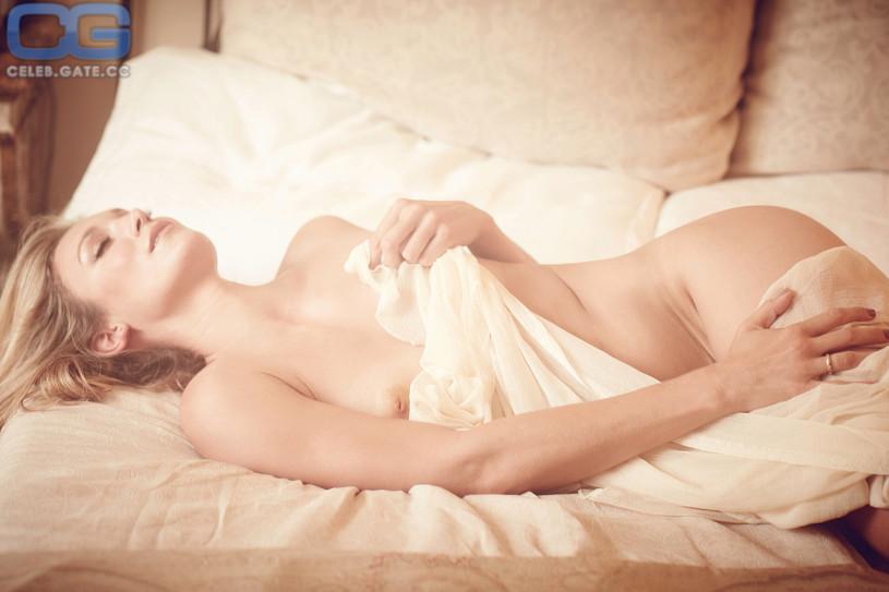 Christine Theiss nude photos