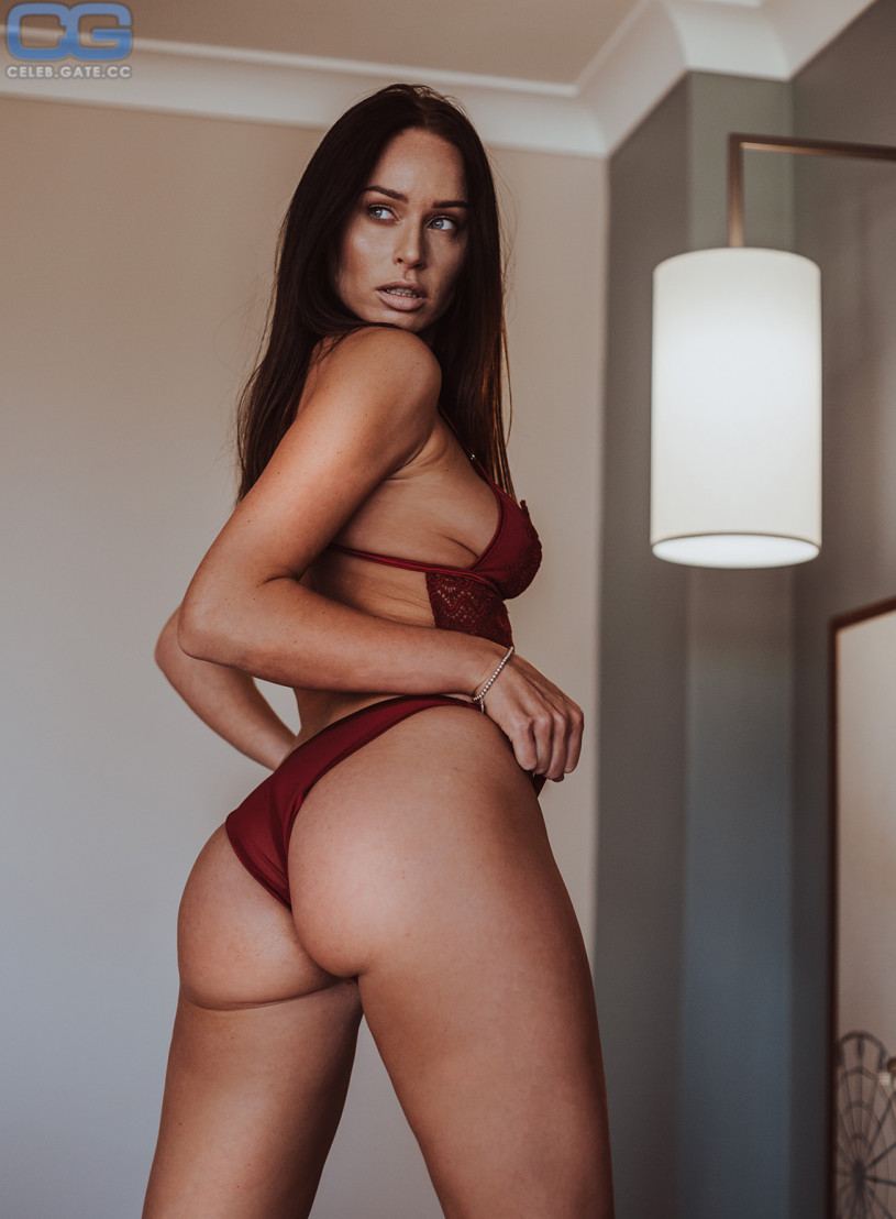 richards nude Clare