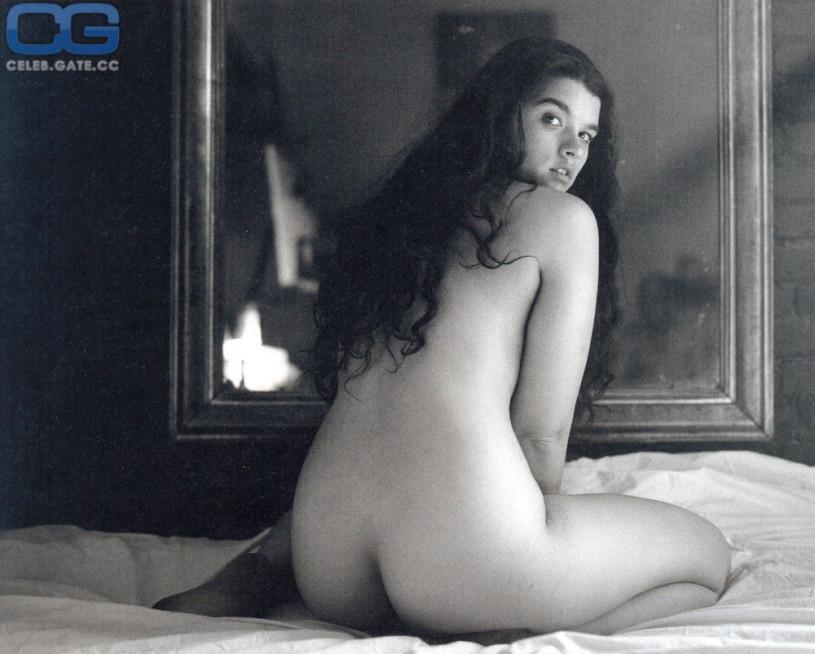 Hairy ebony ass naked