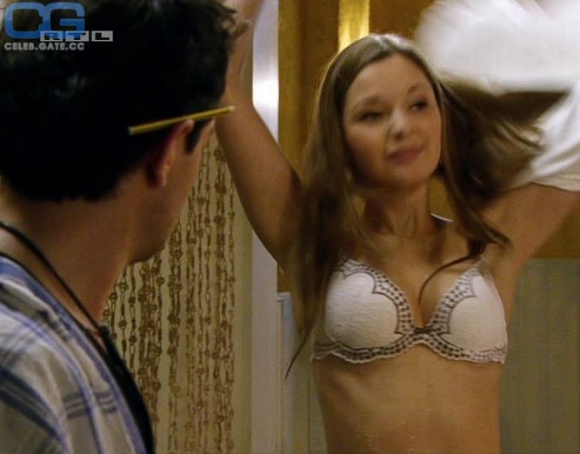Nathalie Thiede Nude