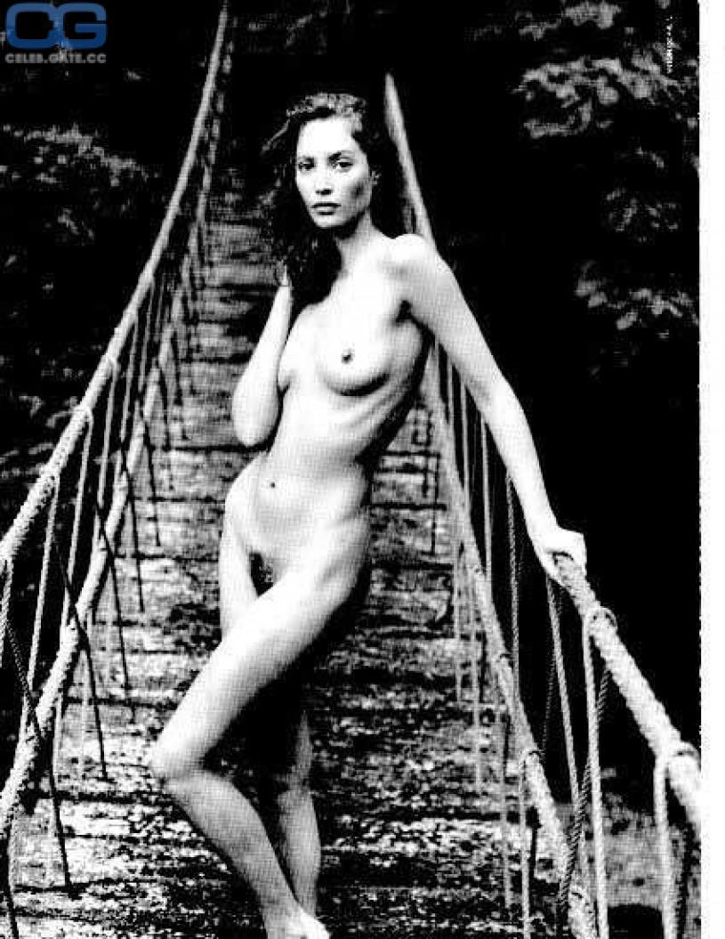 nude Christy turlington