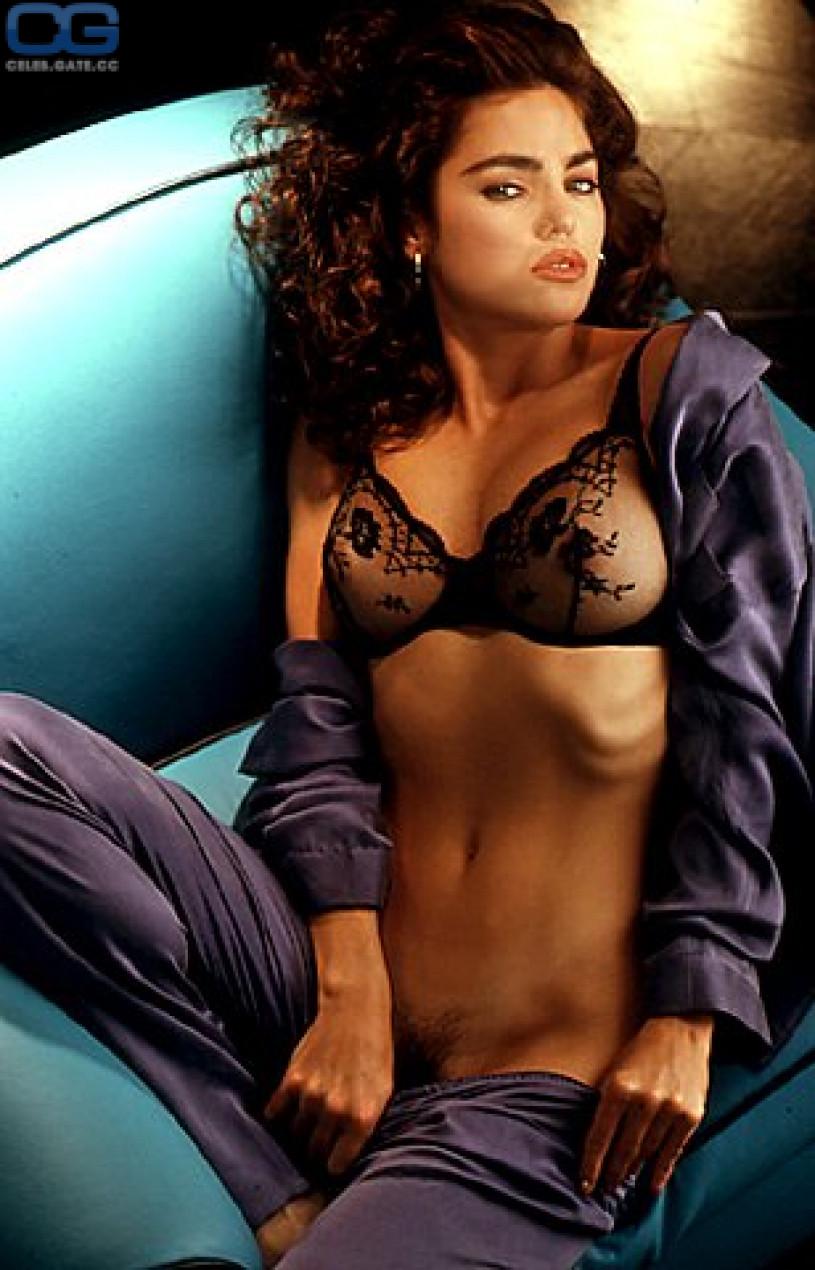 Stargate atlantis naked woman