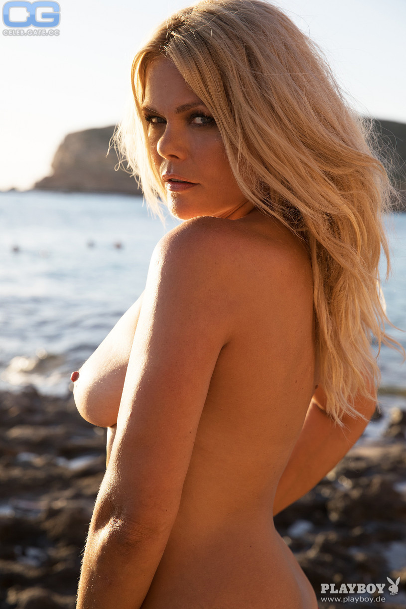 Richelle oslinker nude 9 photos picture