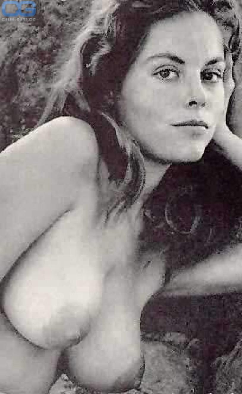 naked lil girls pics