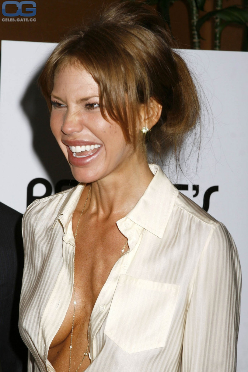 Nikki Cox Leaked and Fappening new picture