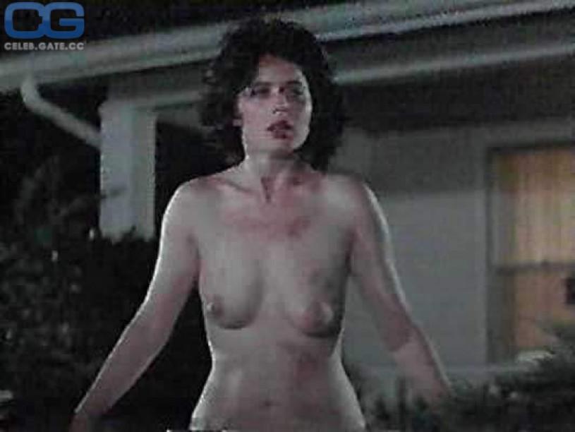 sey naked tsunada